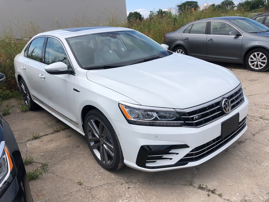 Certified Pre-Owned 2019 Volkswagen Passat WOLFSBURG EDITION 2.0T 6SP AT W/TIP DEMO