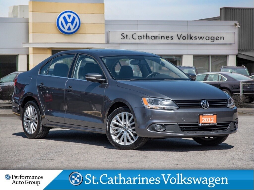 Pre-Owned 2012 Volkswagen Jetta 2.5L HIGHLINE LEATHER HEATED SEATS MT