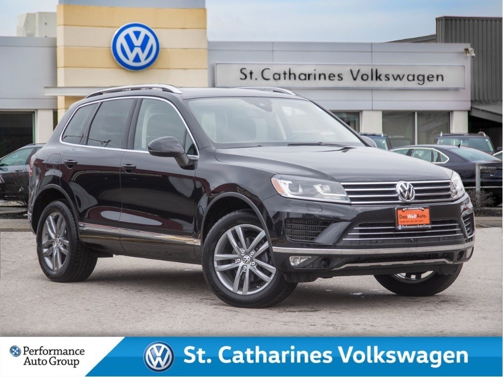 Pre-Owned 2015 Volkswagen Touareg HIGHLINE TDI NAV SUNROOF TECH PKG