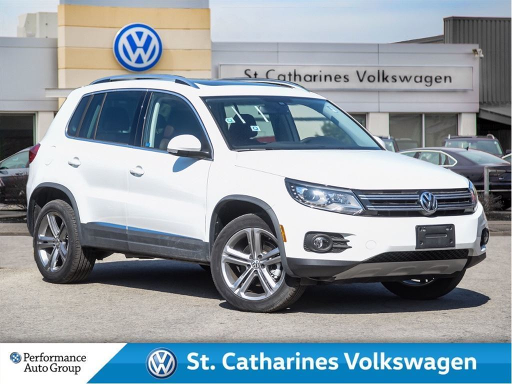 Certified Pre-Owned 2017 Volkswagen Tiguan CERTIFIED PRE-OWNED 4MOTION NAV SUNROOF