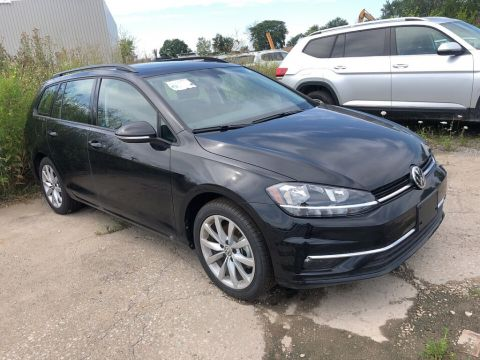 New 2019 Volkswagen Golf SportWagen